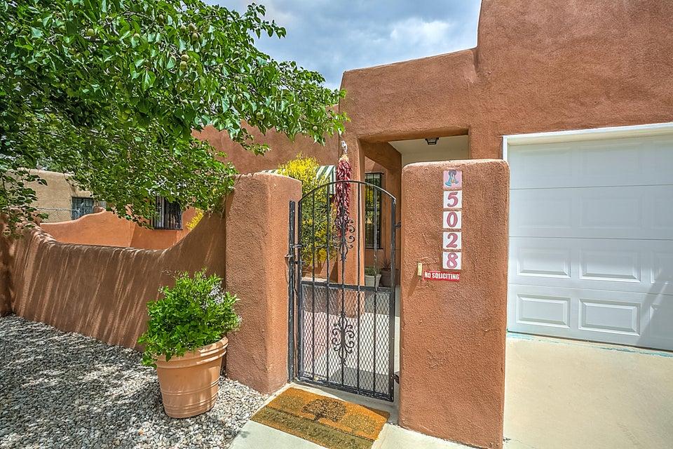 5028 La Cienega Street NW, Albuquerque, NM 87107