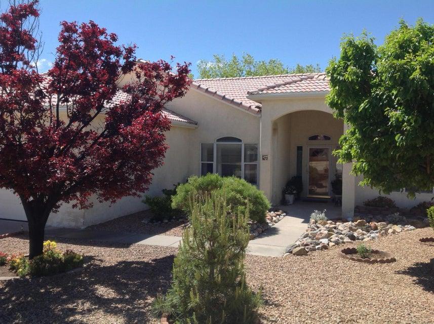 6308 Kachina Street NW, Albuquerque, NM 87120