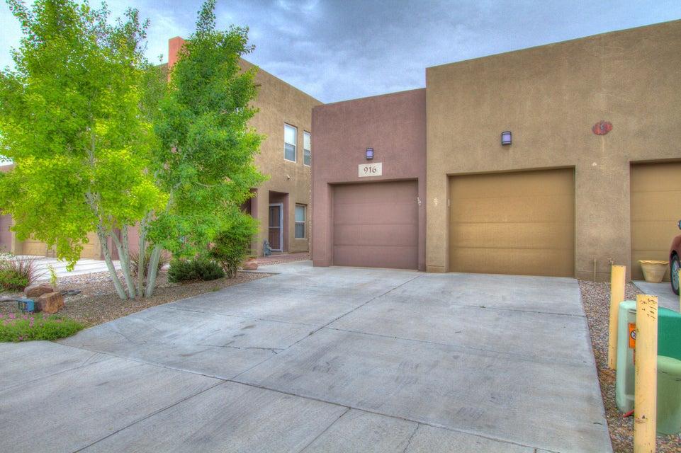 916 Tansion Court NE, Albuquerque, NM 87112