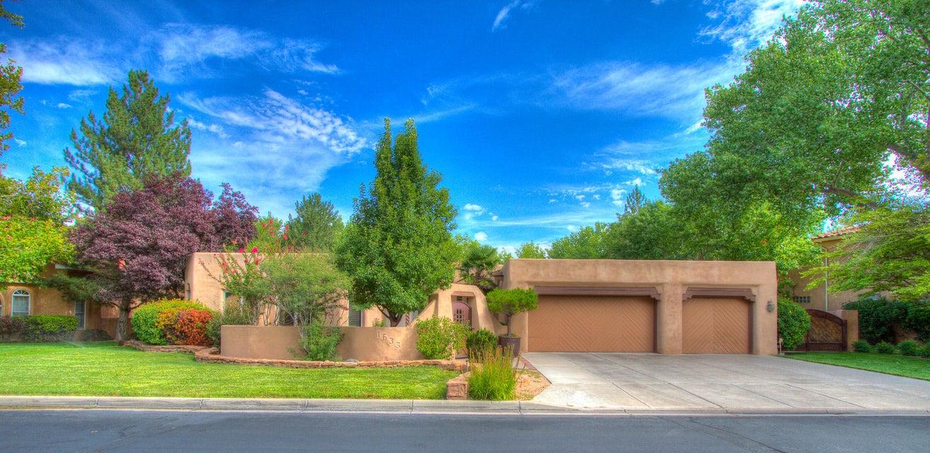 1635 Tierra Del Rio NW, Albuquerque, NM 87107