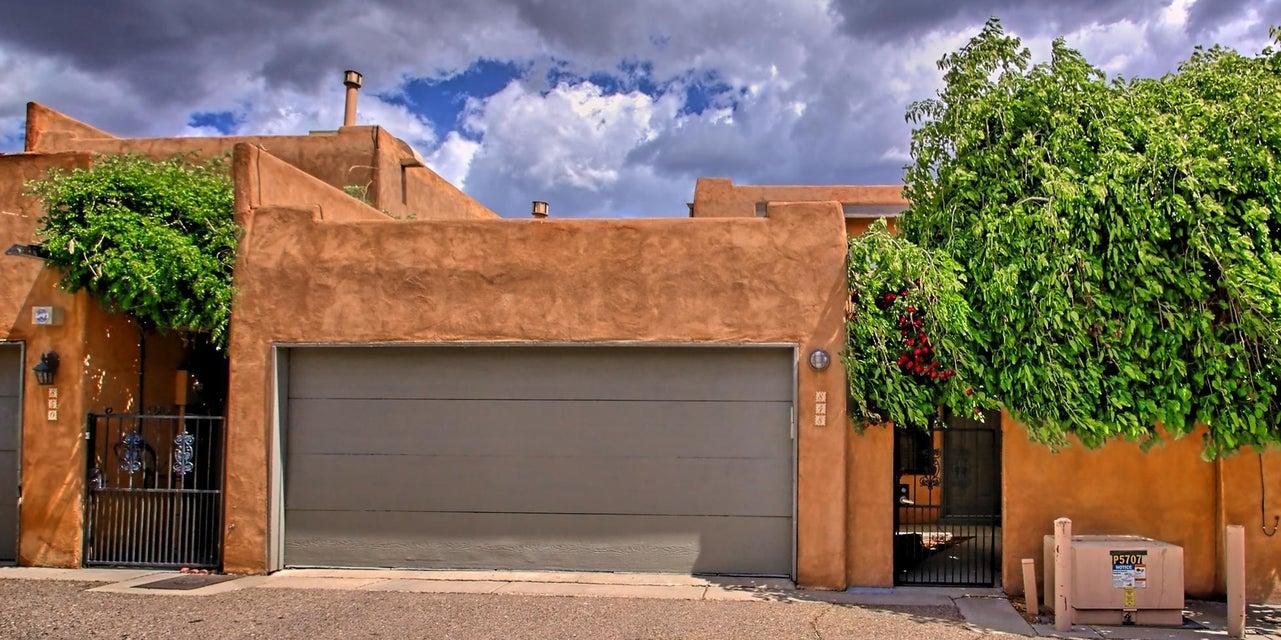 848 Southeast Circle NW, Albuquerque, NM 87104