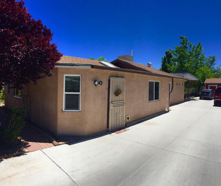 1804 Leonora Drive NW, Albuquerque, NM 87104