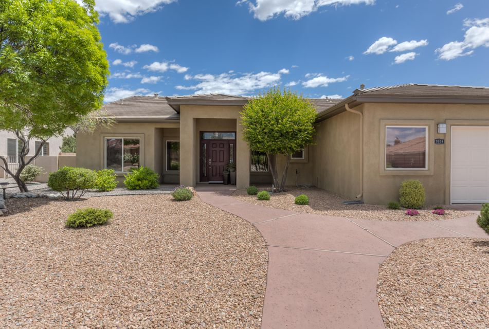7004 Santa Elena Street NE, Albuquerque, NM 87113