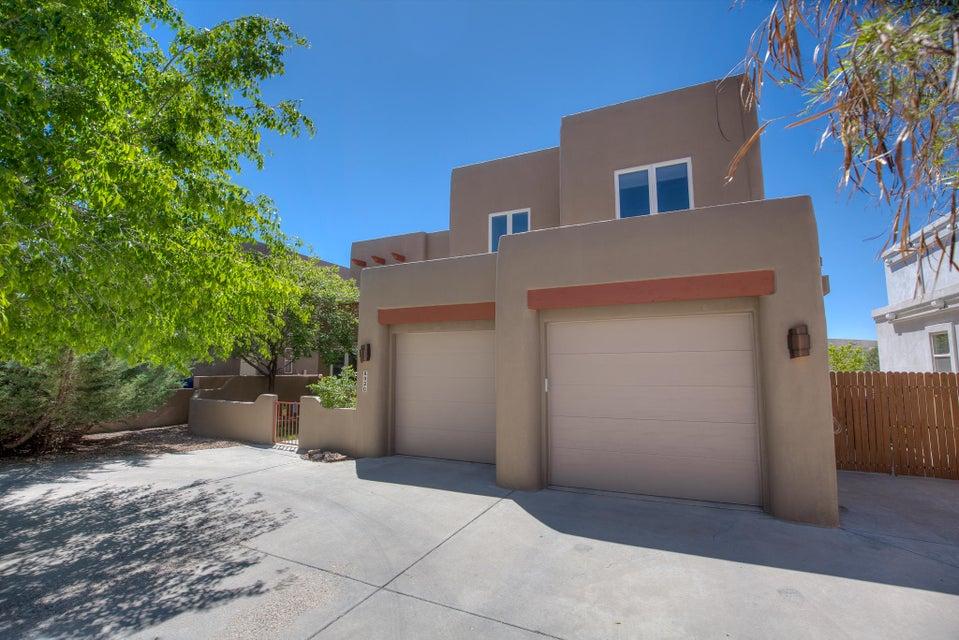 8920 Helmick Place, Albuquerque, NM 87122