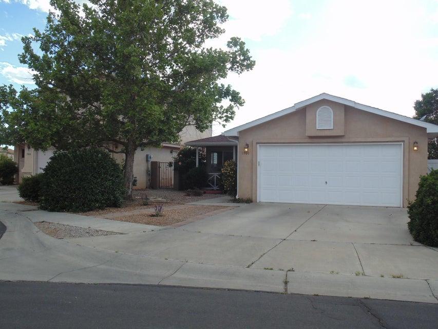 8901 Moonstone Drive NE, Albuquerque, NM 87113
