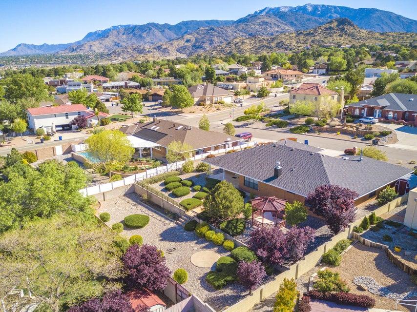 1705 Conestoga Drive SE, Albuquerque, NM 87123
