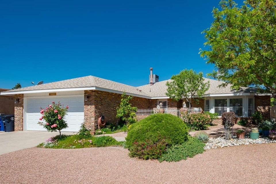 9405 San Rafael Avenue NE, Albuquerque, NM 87109