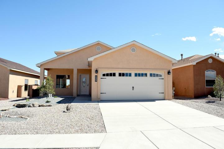 2572 Red Sky Street SW, Los Lunas, NM 87031