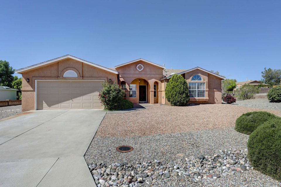 7000 Silver Mountain Loop NE, Rio Rancho, NM 87144
