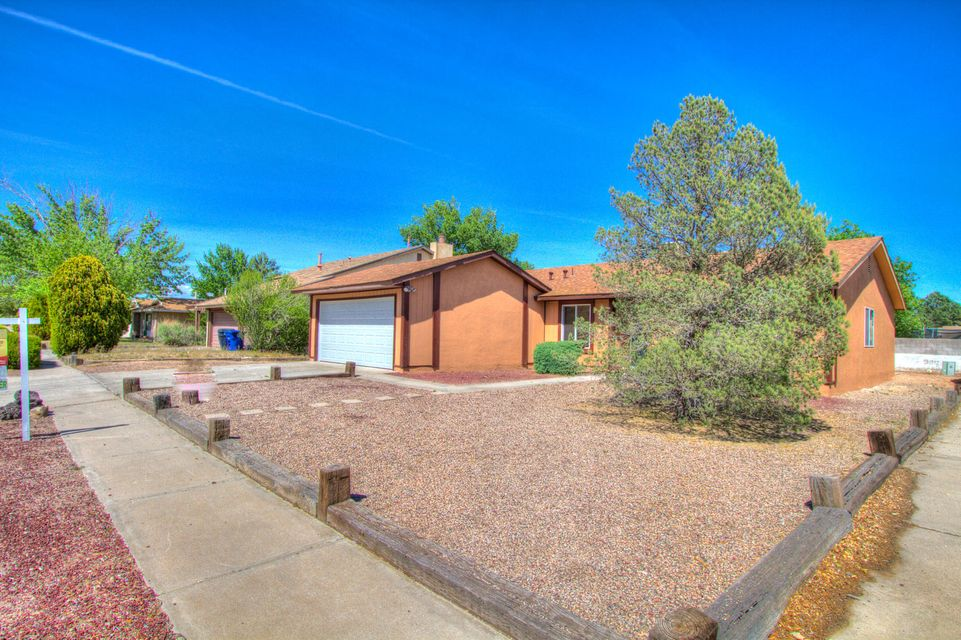 5616 NW Hayes Drive NW, Albuquerque, NM 87120