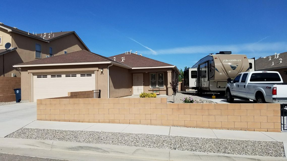 2212 Panola Street SW, Albuquerque, NM 87121