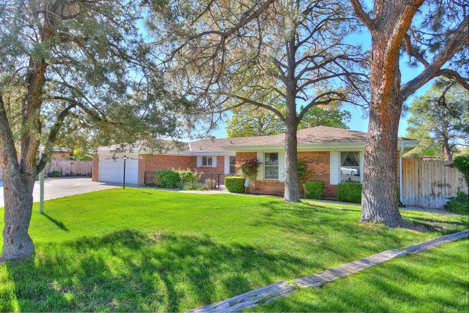 3116 La Mancha Place NW, Albuquerque, NM 87104