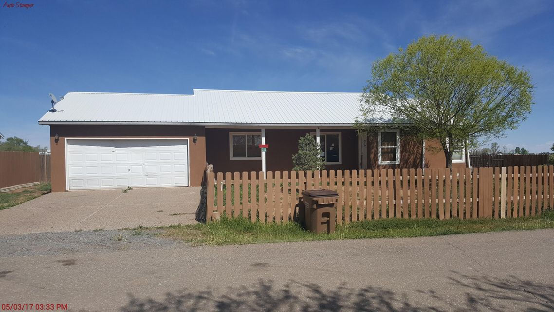 212 Holiday Circle, Moriarty, NM 87035
