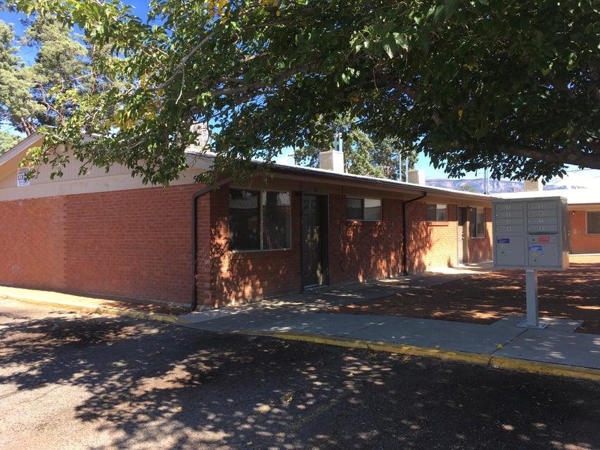 500/504 S Indiana Street SE, Albuquerque, NM 87108