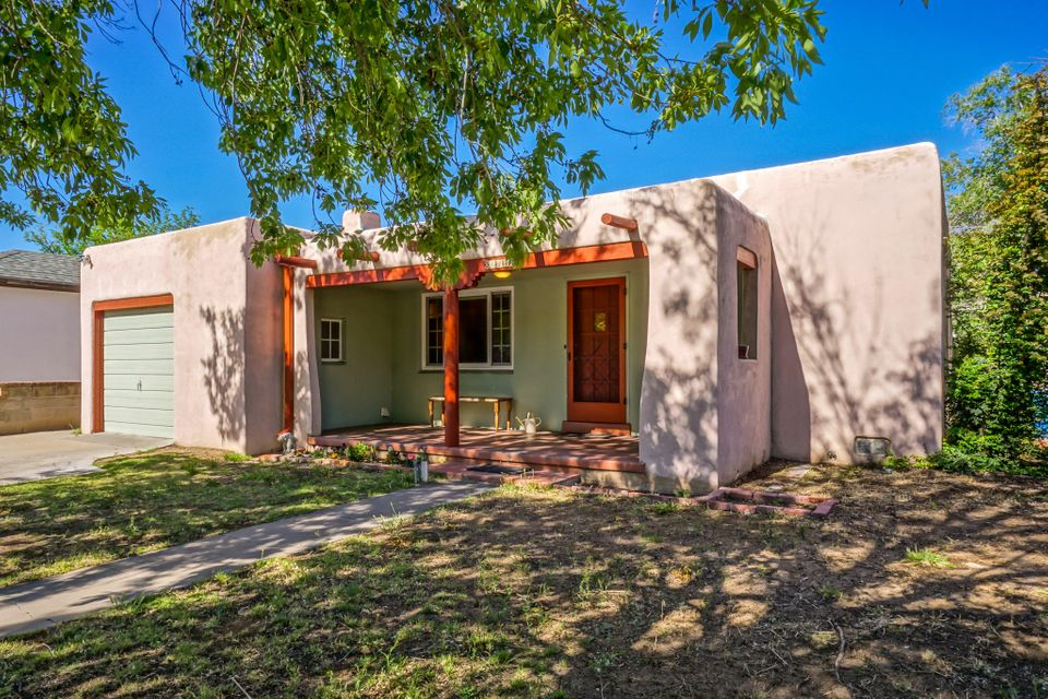 421 CARLISLE Boulevard NE, Albuquerque, NM 87106
