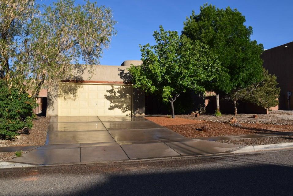 1409 Wilkes Way SE, Rio Rancho, NM 87124