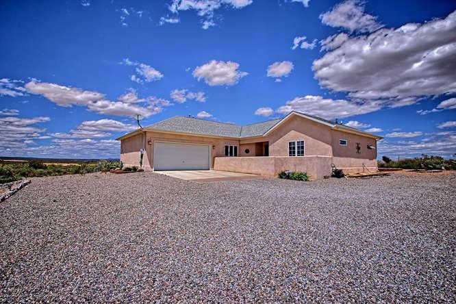 1307 Abrazo Road SE, Rio Rancho, NM 87124