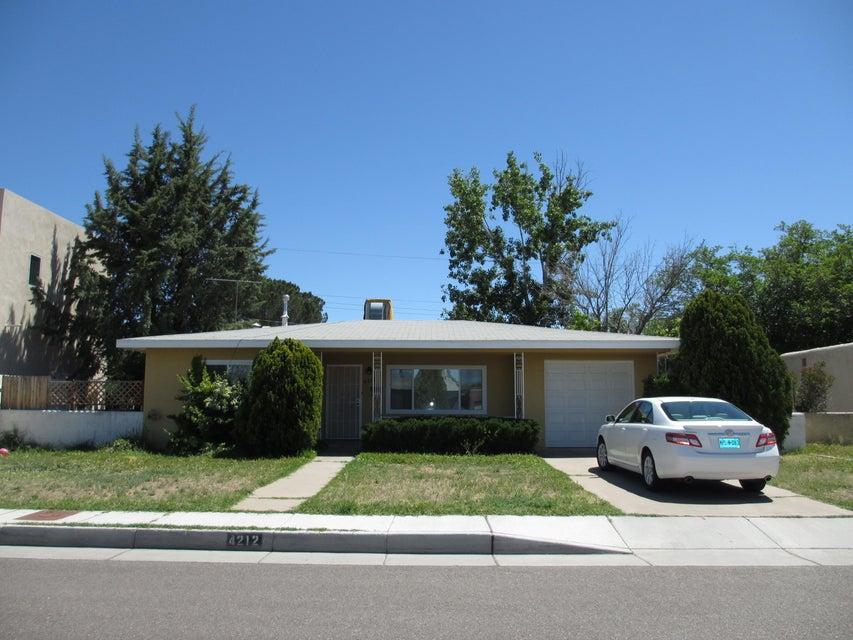 4212 Brockmont Avenue NE, Albuquerque, NM 87108