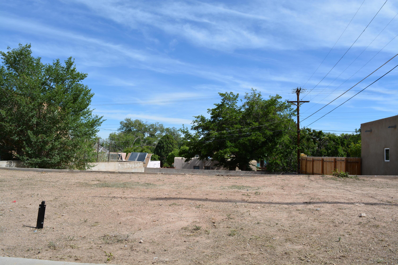 2935 San Rafael Avenue SE, Albuquerque, NM 87106