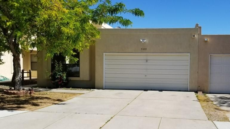 7323 Oro Viejo Road NW, Albuquerque, NM 87120