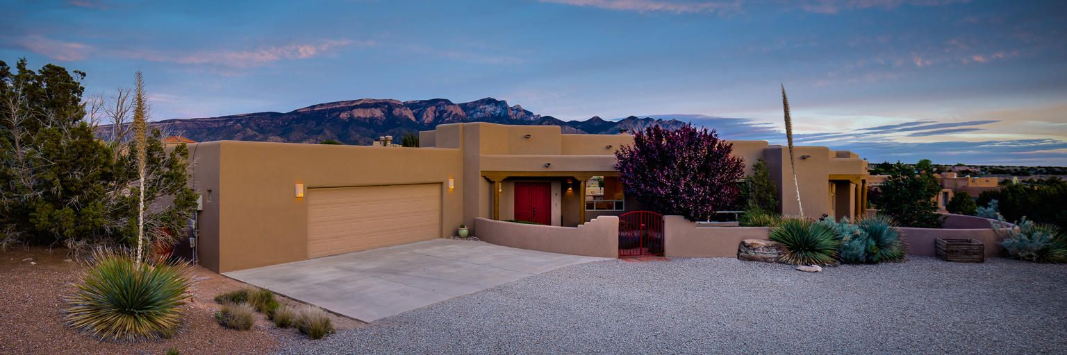 8 Desert Mountain Road, Placitas, NM 87043