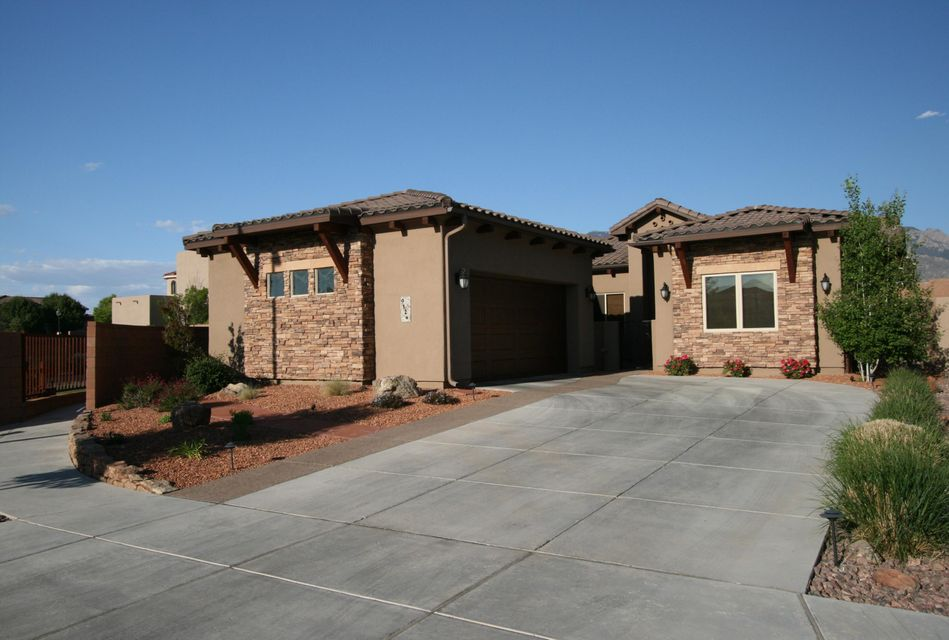 9124 Twilight Lane NE, Albuquerque, NM 87122