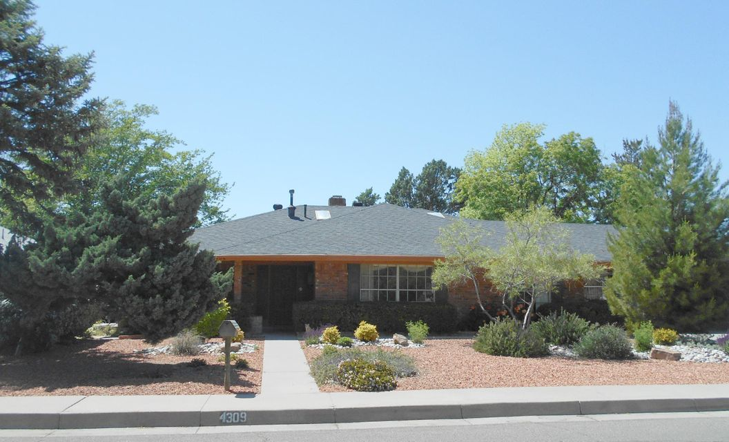 4309 Cobblestone Place NE, Albuquerque, NM 87109