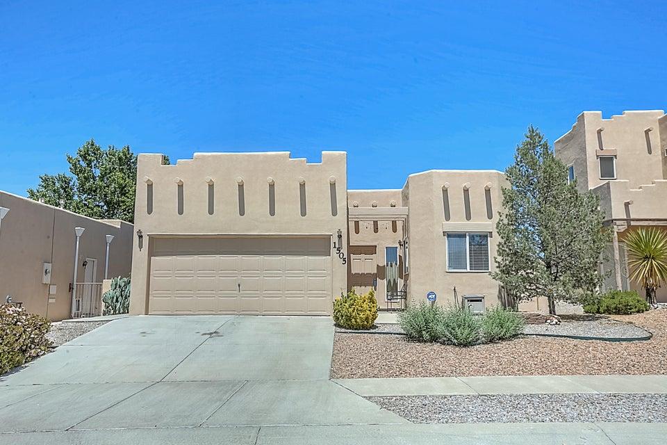 1505 Calle Sonrisa NE, Albuquerque, NM 87113