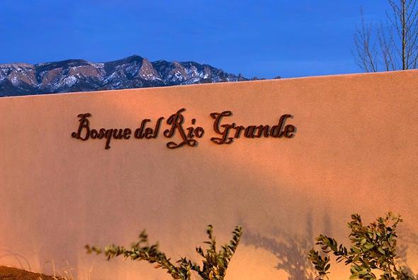 916 Paseo los Coyotes, Bernalillo, NM 87004