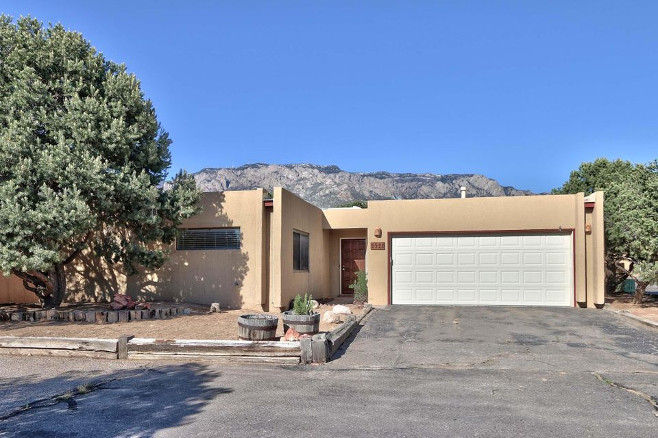 2526 Tramway Terrace Court NE, Albuquerque, NM 87122