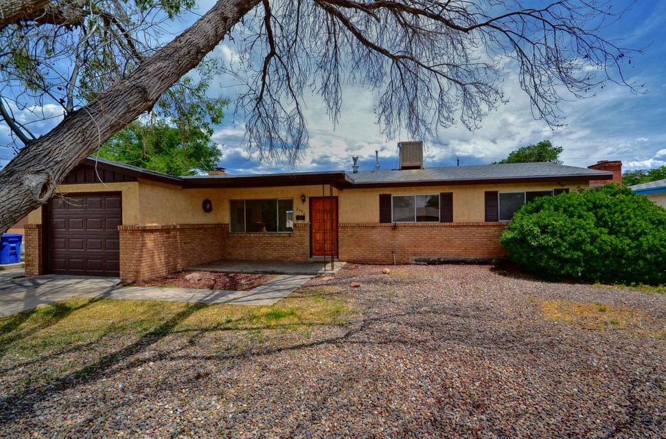 2708 Mesilla,Albuquerque,New Mexico,United States 87110,3 Bedrooms Bedrooms,2 BathroomsBathrooms,Residential,Mesilla,891213