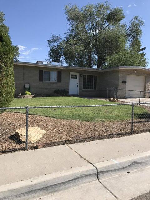 11213 Ralph Avenue NE, Albuquerque, NM 87112