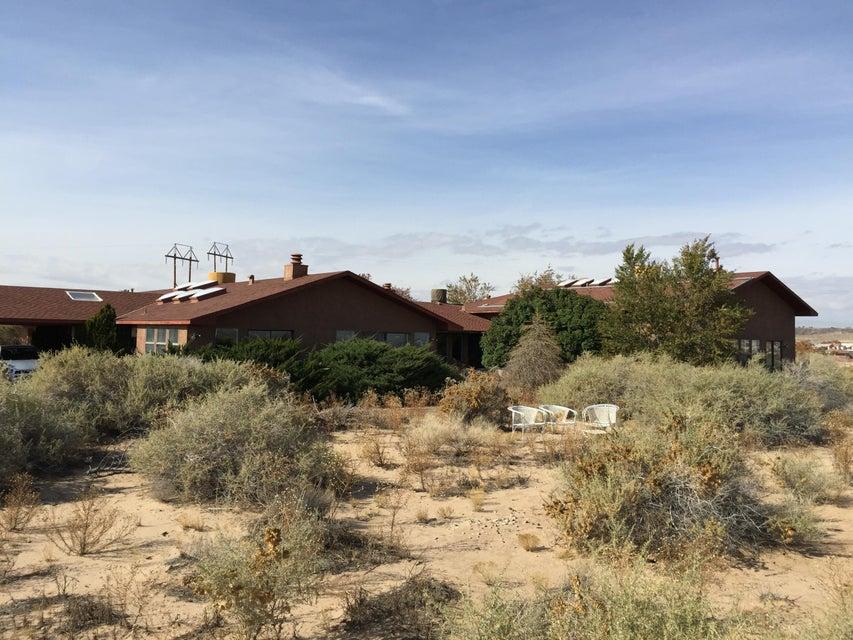 3300 La Luz De Cielo NW, Albuquerque, NM 87120