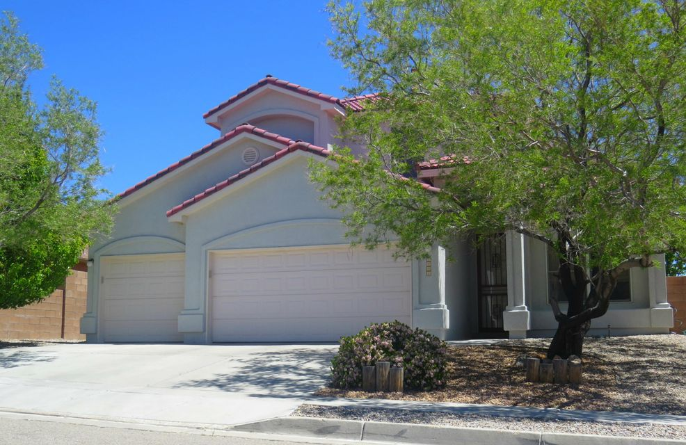 2004 Selway Place NW, Albuquerque, NM 87120