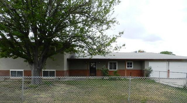 1155 Manzanito Drive, Bosque Farms, NM 87068