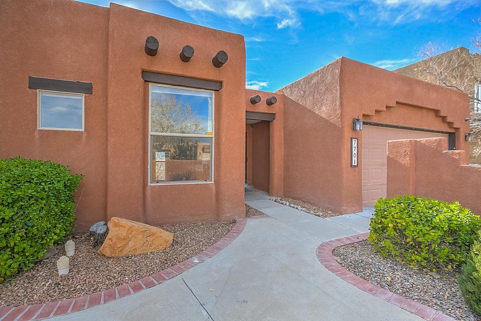 7701 Calle Carisma NE, Albuquerque, NM 87113