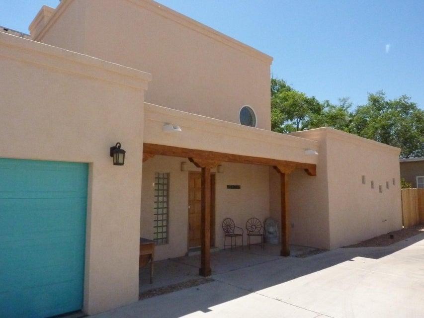 3838 Pedroncelli Road NW, Albuquerque, NM 87107