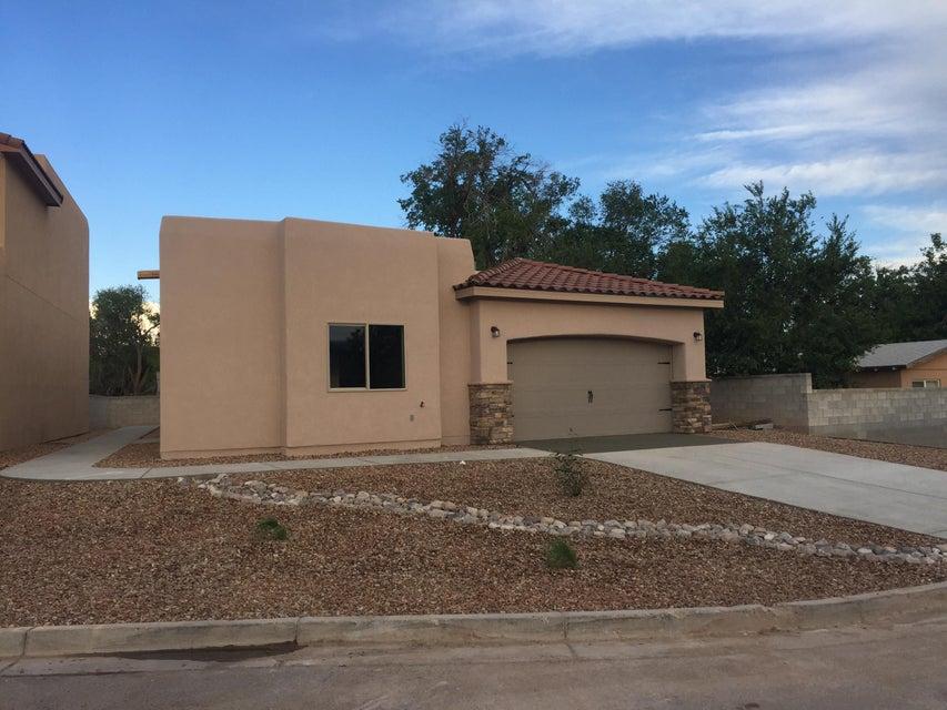 362 Coronado Lane NE, Los Lunas, NM 87031
