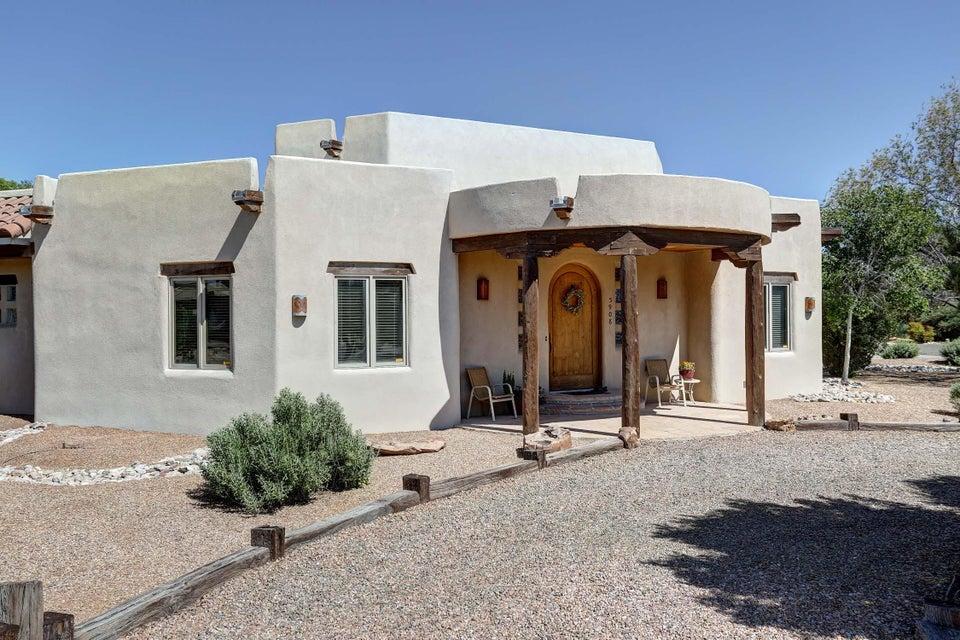 5908 Tierra Viva Place NW, Albuquerque, NM 87107