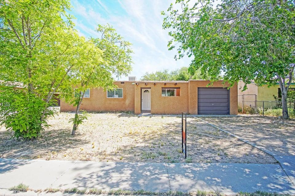 410 62nd Street NW, Albuquerque, NM 87105