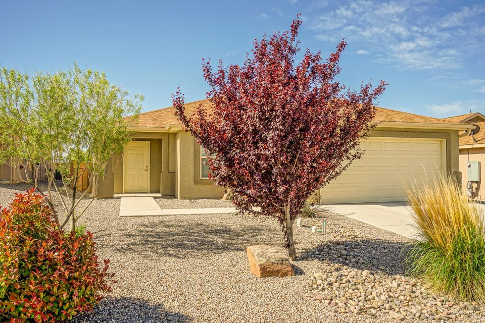 241 El Camino Loop NW, Rio Rancho, NM 87144