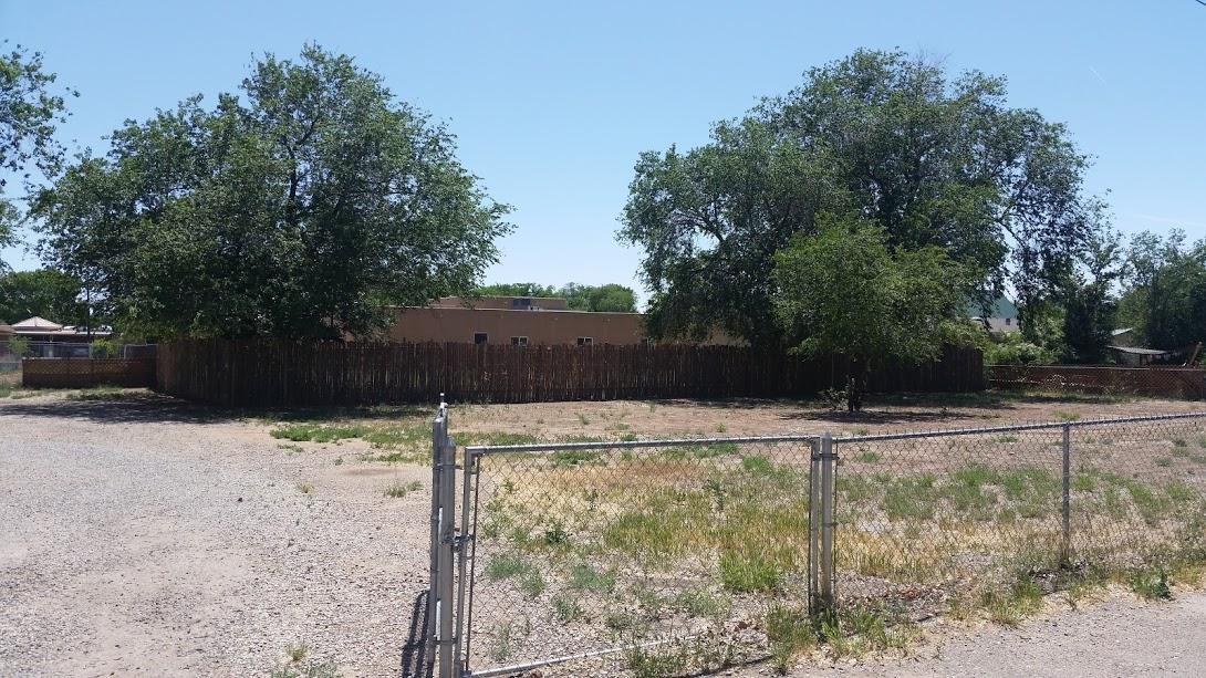 Carlota Road NW, Albuquerque, NM 87104