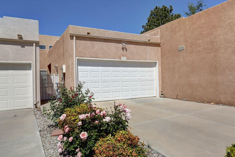 4555 Holiday Breeze Place NE, Albuquerque, NM 87111