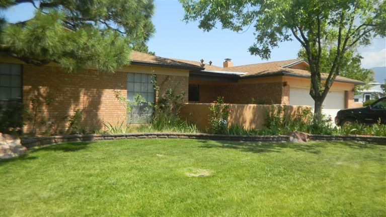 1907 Butterfly Maiden Trail NE, Albuquerque, NM 87112