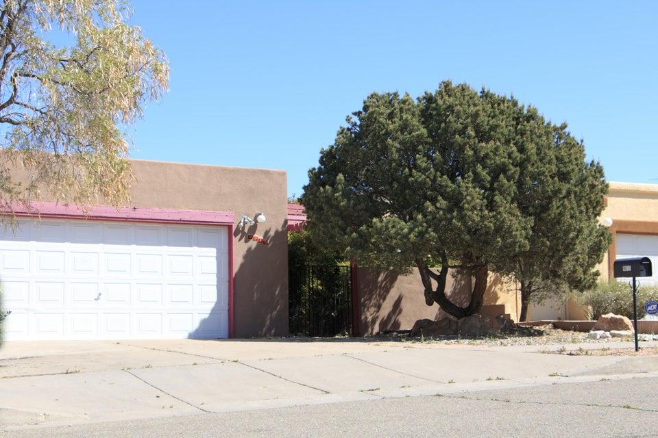 9815 Denali Road NE, Albuquerque, NM 87111