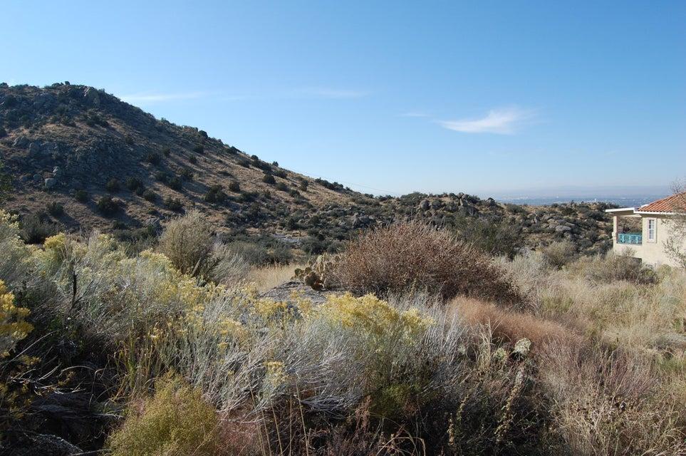 13600 Deer Trail Place NE, Albuquerque, NM 87111
