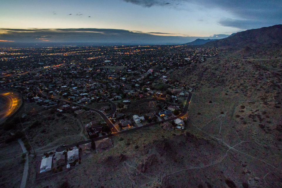 Camino de la Sierra lot 4 NE, Albuquerque, NM 87123