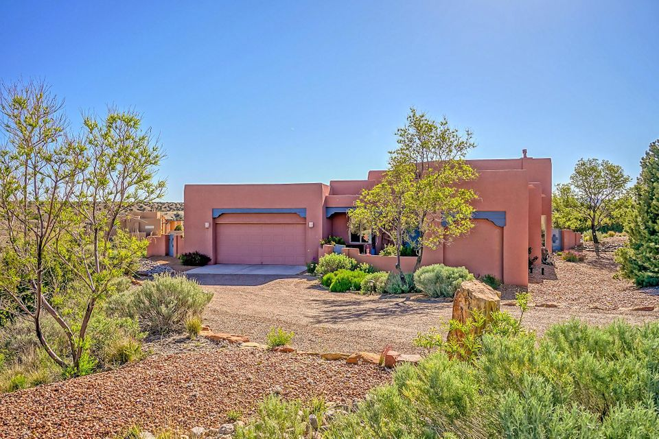 30 Second Mesa Drive, Placitas, NM 87043