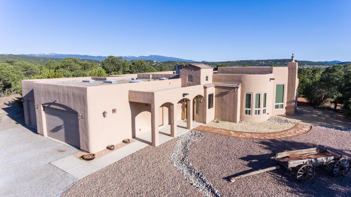 13 Western Trail Drive, Tijeras, NM 87059