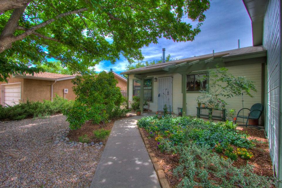 5115 Golondrina NW, Albuquerque, NM 87120